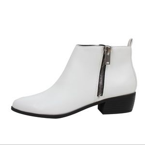 Shoes - White faux leather almond toe mid heel ankle boot